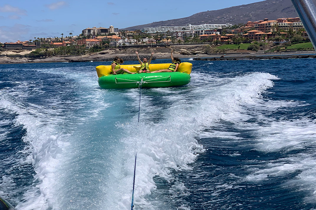 Tenerife_World_of_Water_Sports_Crazy_Ufo_5_Puerto_Colon